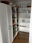 bradshaw_pantry_shelves